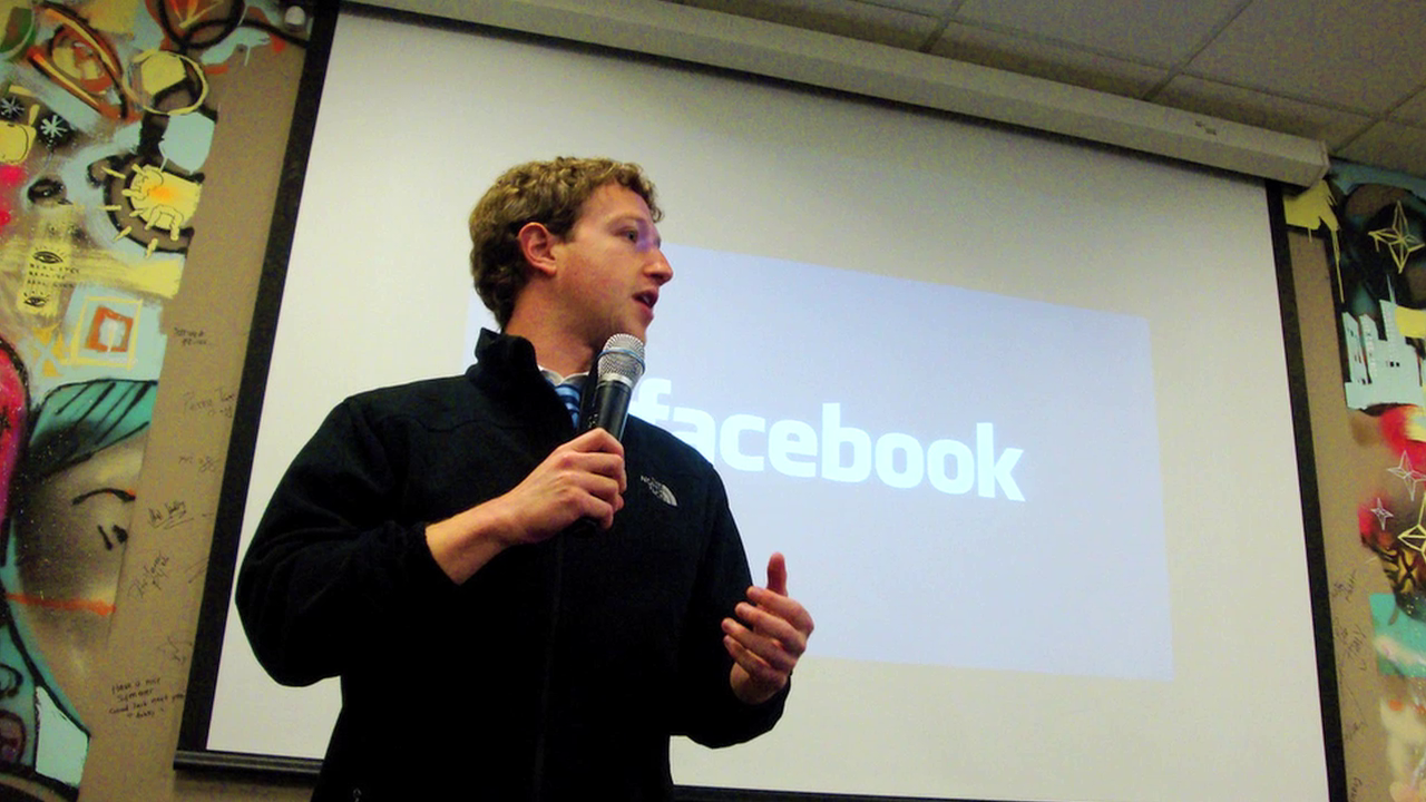 How Facebook Crushed the Silo