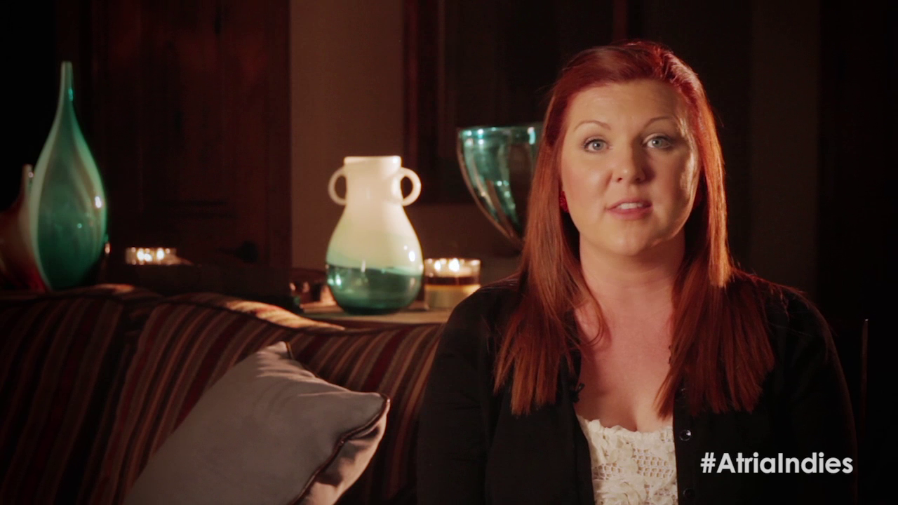 Jamie McGuire Shows You Her Home and Gives Aspiring Authors Advice