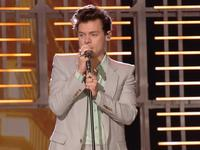 Harry Styles Reveals His Biggest Music and Fashion Inspiration Was Shania Twain! (Exclusive)