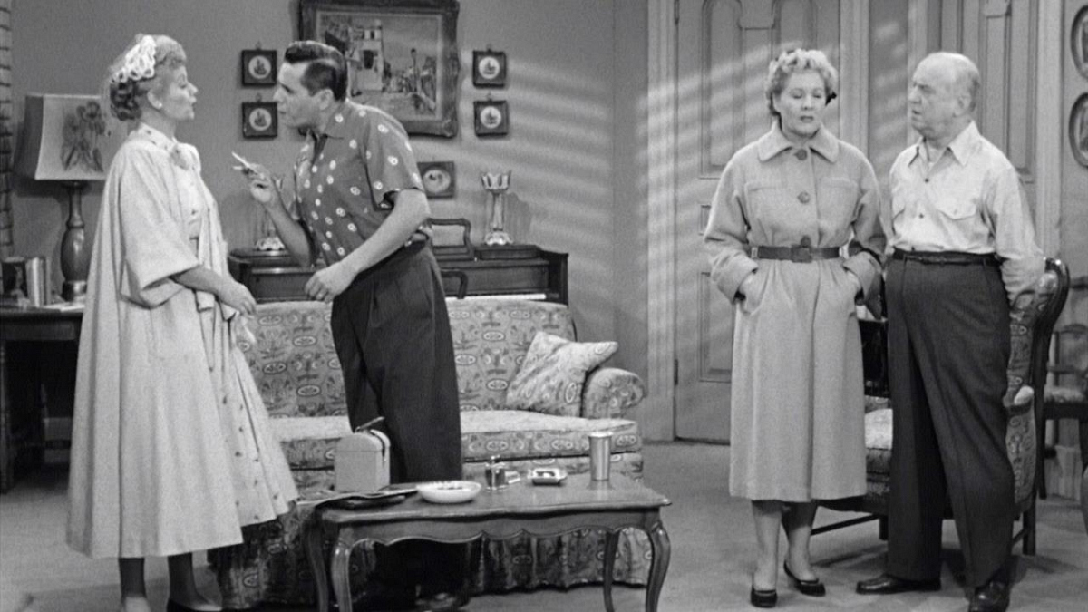 Watch I Love Lucy Season 2 Episode 8: Redecorating