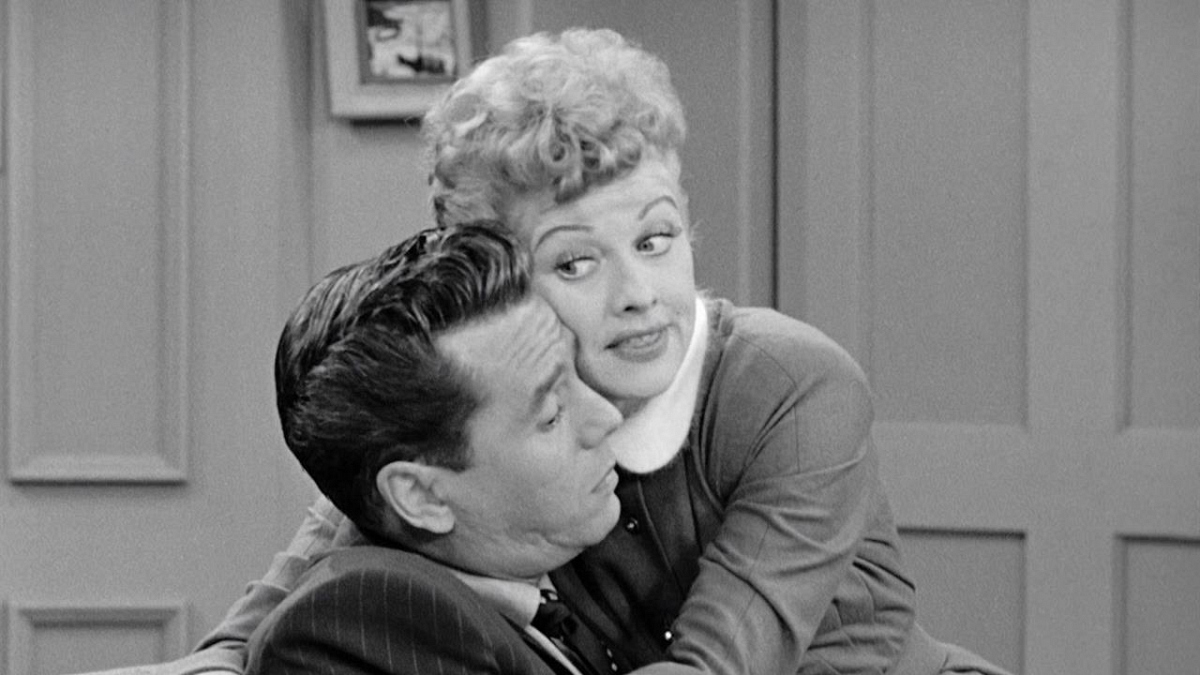 Watch I Love Lucy Season 3 Episode 8: Redecorating The