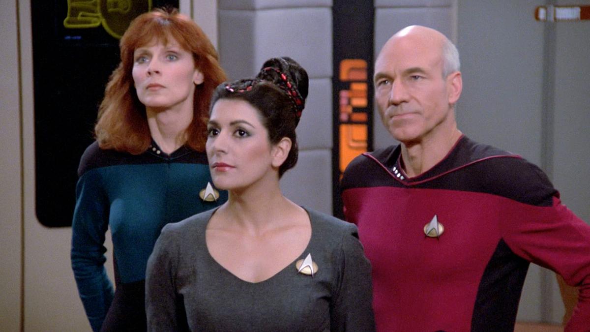 Watch Star Trek: The Next Generation Season 1 Episode 1