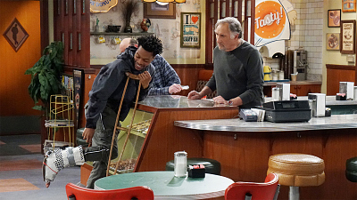 Superior Donuts - Man Without a Health Plan