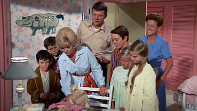The Brady Bunch - Eenie, Meenie, Mommy, Daddy
