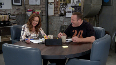Kevin Can Wait - Kevin Can Wait Blooper Reel (S2, Vol. 2): Kevin James And Leah Remini Laugh It Up On Set