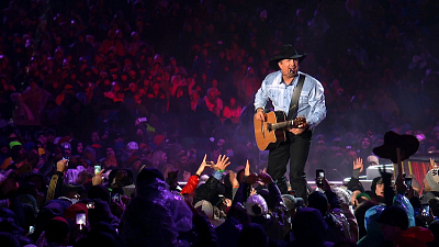 Garth: Live at Notre Dame! - 'GARTH: LIVE AT NOTRE DAME!' DEC. 2 ON CBS (Sneak Peek 1)