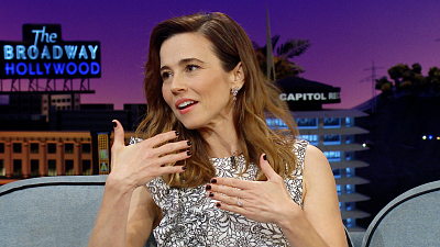 The Late Late Show with James Corden - Linda Cardellini Aced Her Oscars Run/Stroll to Stage