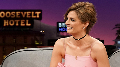 The Late Late Show with James Corden - Stana Katic Teaches James & Paul Scheer to Speak Gorilla