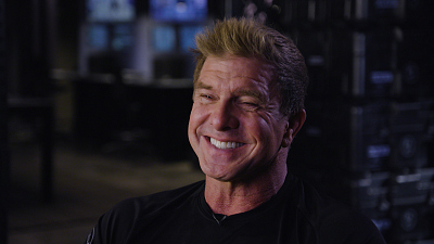 S.W.A.T. - Kenny Johnson Is The Strong Arm Of The Law On S.W.A.T.