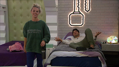Big Brother - Big Brother 22 - Nicole Makes A Big Pitch To Cody