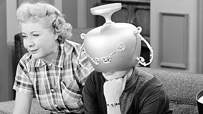 I Love Lucy - Lucy and the Loving Cup
