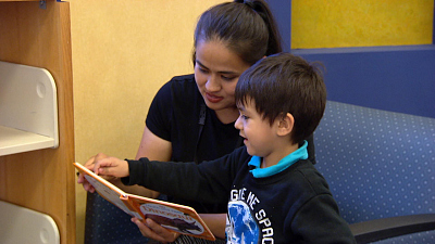 CBS This Morning - Libraries allow kids to read away late fees