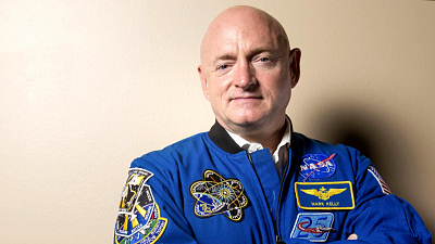 CBS This Morning - Mark Kelly joins astronaut-politicians club