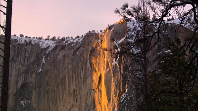 "CBS This Morning - Yosemite's breathtaking ""firefall"" is back"