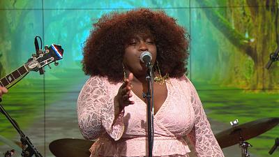 "CBS This Morning - Yola performs ""Faraway Look"""