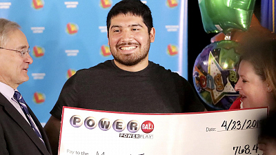 CBS This Morning - Wis. Powerball winner's identity revealed