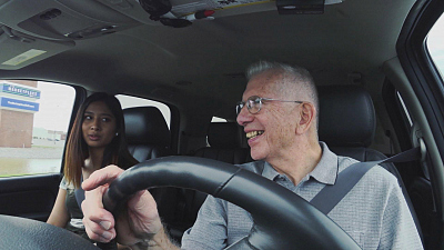 CBS This Morning - Retiree drives students from campus to home