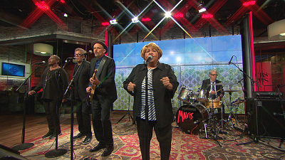 "CBS This Morning - Mavis Staples performs ""Stronger"""