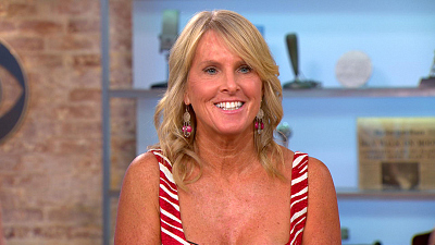 "CBS This Morning - Elin Hilderbrand on new book, ""Summer of '69"""
