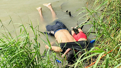 CBS This Morning - Tragic photo underscores plight of migrants