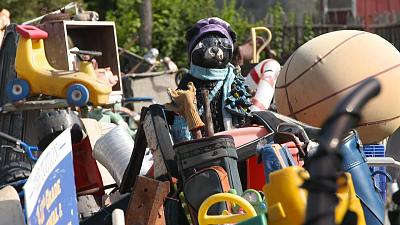CBS This Morning - The story behind Detroit's Heidelberg Project