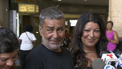 CBS This Morning - NJ cops reunite homeless man with family