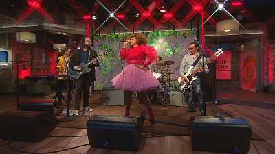 "CBS This Morning - Seratones performs ""Gotta Get To Know Ya"""