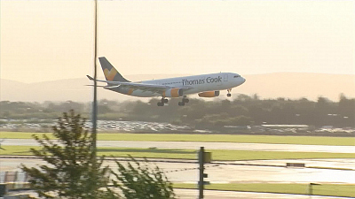 CBS This Morning - Thousands stranded after Thomas Cook collapse