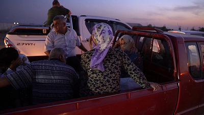 CBS This Morning - Kurds in Syria flee onslaught by Turkey