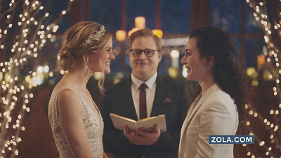 CBS This Morning - Hallmark reverses decision to pull lesbian ad