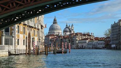 60 Minutes - Venice is Drowning, Joaquin Phoenix, Rafa