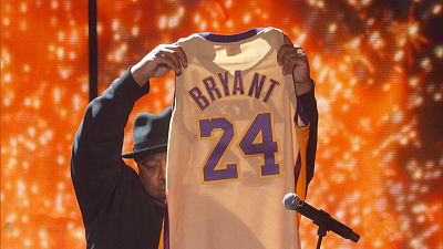 CBS This Morning - Grammys honor Kobe Bryant at Staples Center