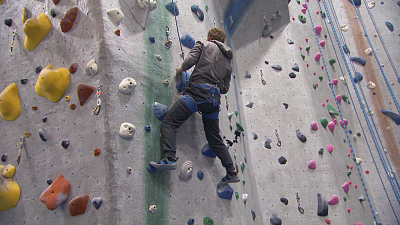CBS This Morning - Blind man invents new rock climbing system