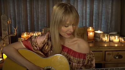 "Sunday Morning - Jewel on her new song ""Grateful"""