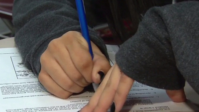 CBS This Morning - Schools prepare to reopen as virus surges