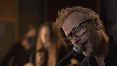 "CBS This Morning: Saturday - Matt Berninger performs ""One More Second"""