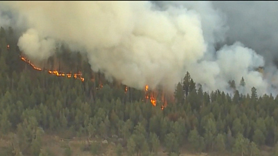 CBS This Morning - Massive Colorado wildfires threaten to merge