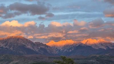 CBS This Morning: Saturday - Reconsidering a Colorado mountain's controversial name