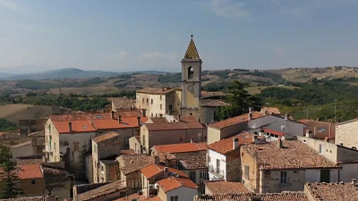 CBS This Morning: Saturday - Italian town offers free vacations