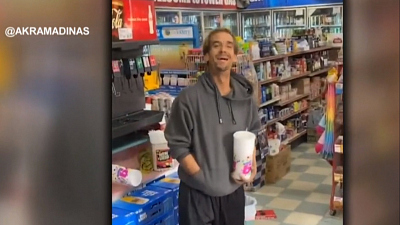 CBS This Morning - Fresno gas station helps homeless customers
