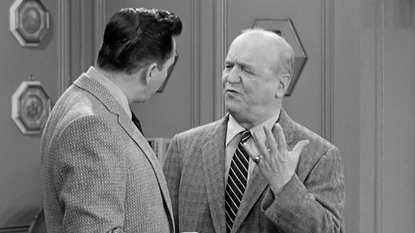 Watch I Love Lucy Season 5 Episode 20: Lucy Gets A Paris Gown - Full ...